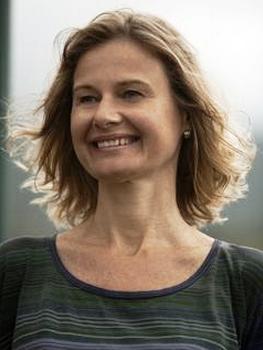Profa. Clara Mafra